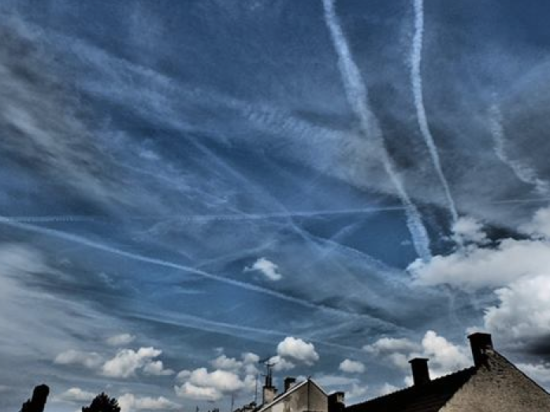 Czech-Republic-chemtrails-550x412