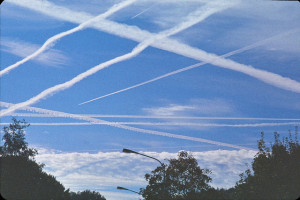 essays on chemtrails Http://educate-yourselforg/lte the notion that the perpetrators would be poisoning themselves has been addressed in many essays about chemtrails.